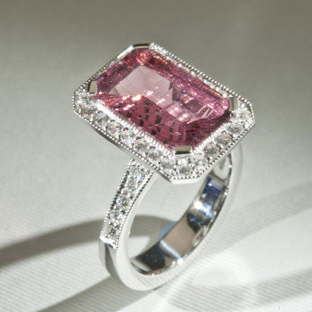 18ct W/G Pink Tourmaline & Diamond Ring