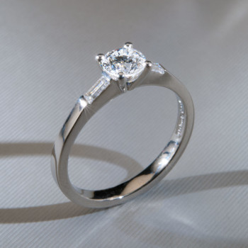 Platinum Brilliant & Baguette Cut Diamond Ring