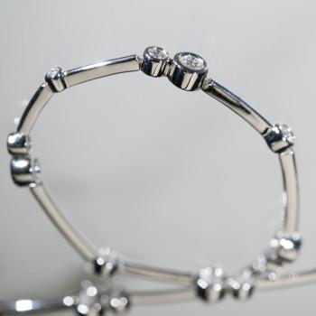 18ct W/G Brilliant Cut Diamond Bubble Bracelet