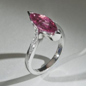 18ctW/G Pink Tourmaline & Diamond Ring