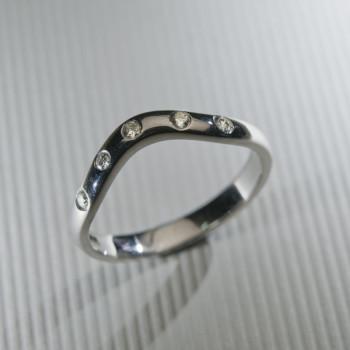 18ct W/G Shaped Diamond Set Wedding Ring
